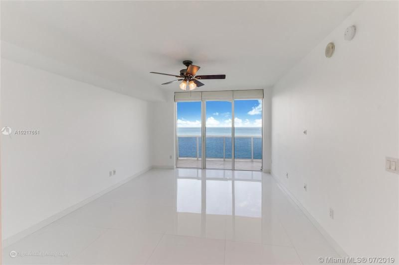 Beach Club I for Sale - 1850 S Ocean Dr, Unit 2702, Hallandale 33009, photo 5 of 19