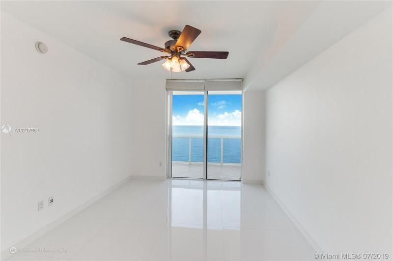 Beach Club I for Sale - 1850 S Ocean Dr, Unit 2702, Hallandale 33009, photo 7 of 19