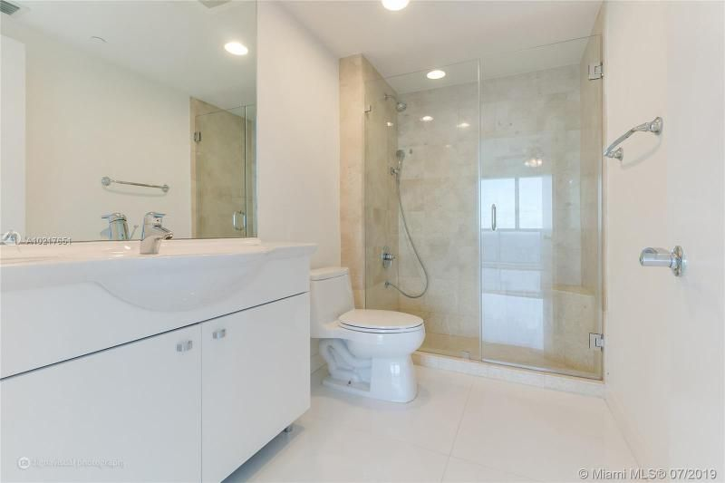 Beach Club I for Sale - 1850 S Ocean Dr, Unit 2702, Hallandale 33009, photo 8 of 19