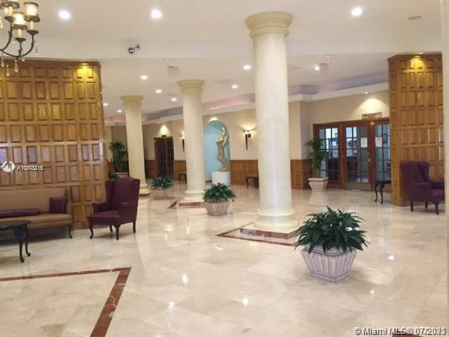 Sea Air Towers for Sale - 3725 S Ocean Dr, Unit 917, Hollywood 33019, photo 19 of 33