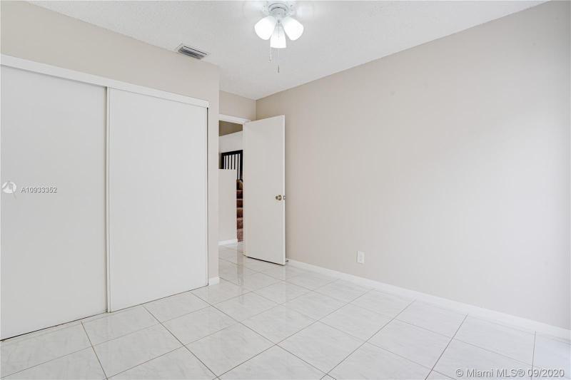 Costan Villas for Sale - 21204 Harbor Way, Unit 125-12, Aventura 33180, photo 12 of 25