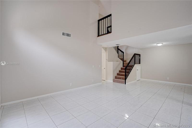 Costan Villas for Sale - 21204 Harbor Way, Unit 125-12, Aventura 33180, photo 2 of 25