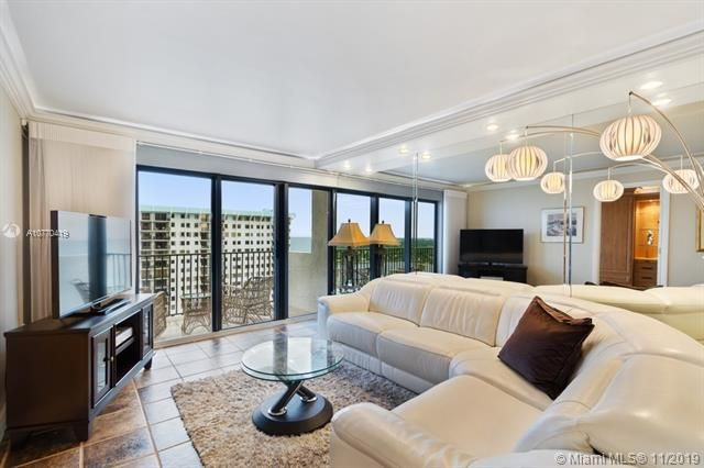 Summit for Sale - 1201 S Ocean Dr, Unit 2307S, Hollywood 33019, photo 5 of 10