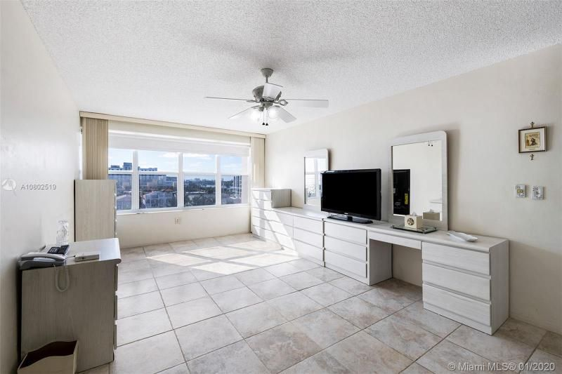 Hollywood Towers for Sale - 3111 N Ocean Dr, Unit 510, Hollywood 33019, photo 10 of 28