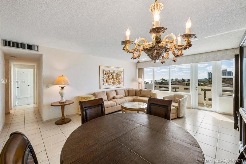 Hollywood Towers for Sale - 3111 N Ocean Dr, Unit 510, Hollywood 33019, photo 4 of 28
