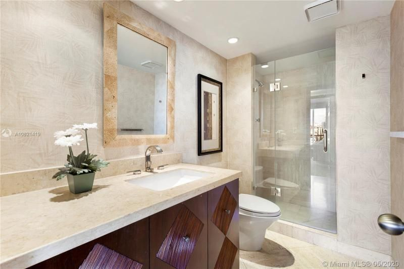 Turnberry Isle for Sale - 19667 NW Turnberry Way, Unit 10E, Aventura 33180, photo 13 of 43