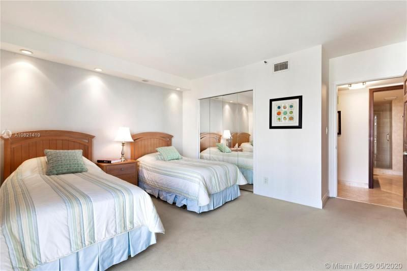 Turnberry Isle for Sale - 19667 NW Turnberry Way, Unit 10E, Aventura 33180, photo 14 of 43