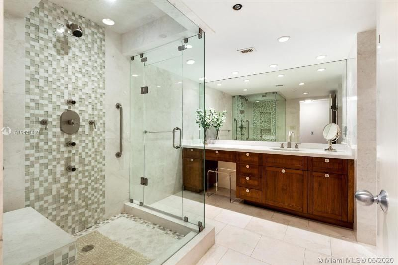 Turnberry Isle for Sale - 19667 NW Turnberry Way, Unit 10E, Aventura 33180, photo 16 of 43
