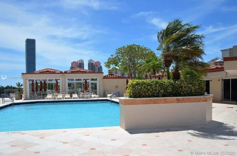 Turnberry Isle for Sale - 19667 NW Turnberry Way, Unit 10E, Aventura 33180, photo 26 of 43
