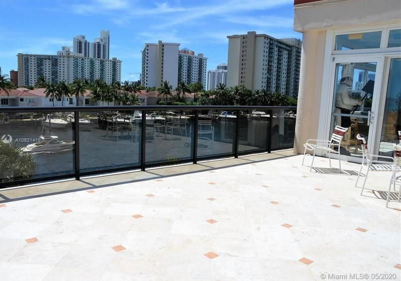 Turnberry Isle for Sale - 19667 NW Turnberry Way, Unit 10E, Aventura 33180, photo 27 of 43