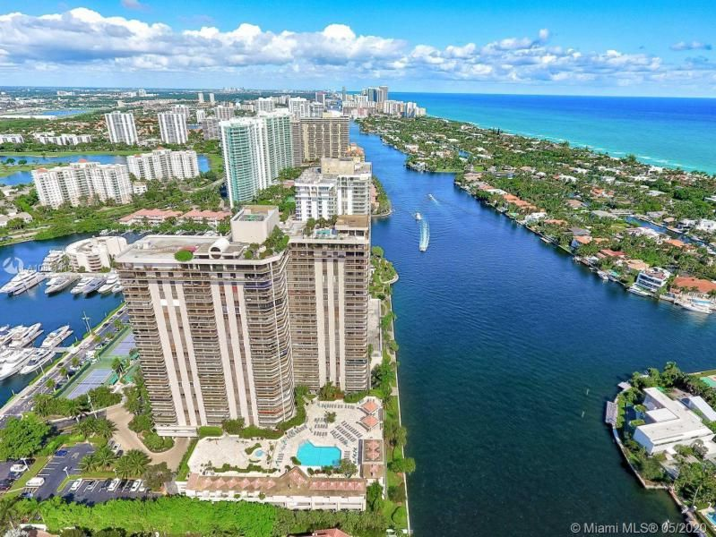 Turnberry Isle for Sale - 19667 NW Turnberry Way, Unit 10E, Aventura 33180, photo 42 of 43
