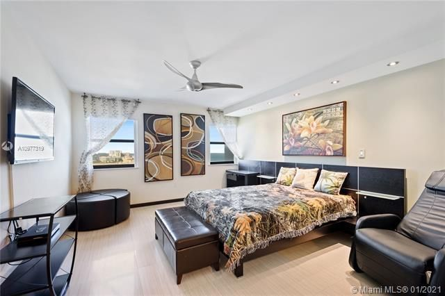 Summit for Sale - 1201 S Ocean Dr, Unit 1806N, Hollywood 33019, photo 14 of 41