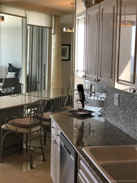 Sands Pointe for Sale - 16711 Collins Ave, Unit UPH-03, Sunny Isles 33160, photo 15 of 20
