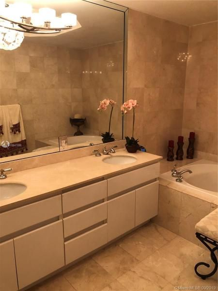 Sands Pointe for Sale - 16711 Collins Ave, Unit UPH-03, Sunny Isles 33160, photo 17 of 20