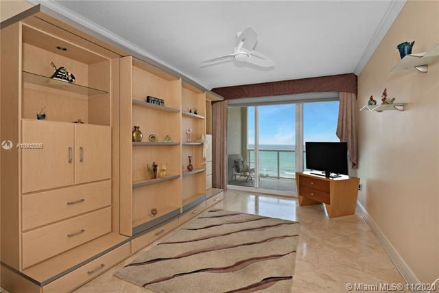 Renaissance On The Ocean for Sale - 6001 N Ocean Dr, Unit 606, Hollywood 33019, photo 10 of 32