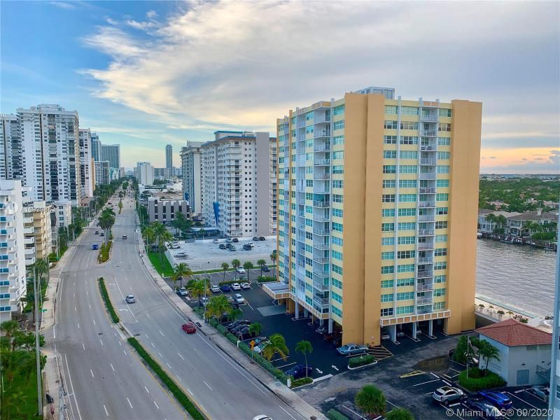Oxford Towers for Sale - 1501 S Ocean Dr, Unit 1204, Hollywood 33019, photo 15 of 32