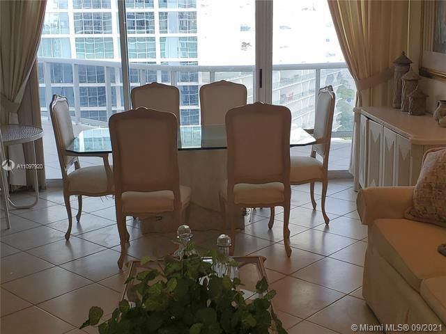 Sands Pointe for Sale - 16711 Collins Ave, Unit 2206, Sunny Isles 33160, photo 5 of 9