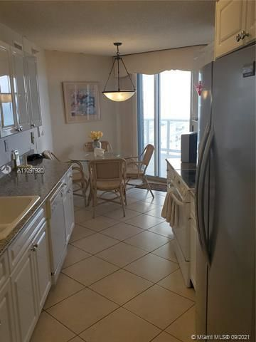 Sands Pointe for Sale - 16711 Collins Ave, Unit 2206, Sunny Isles 33160, photo 9 of 9