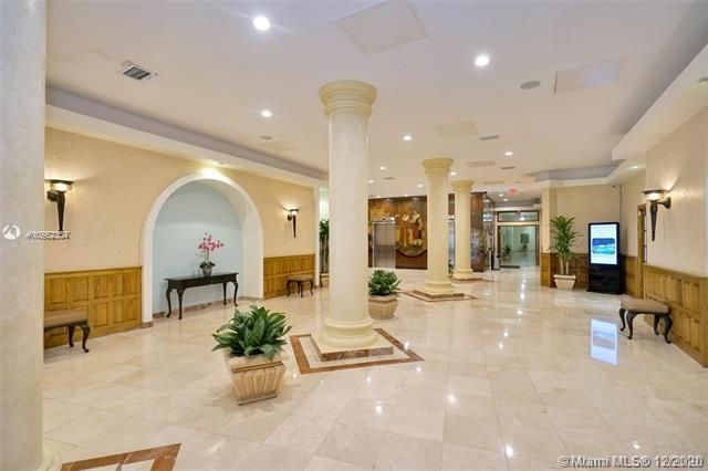 Sea Air Towers for Sale - 3725 S Ocean Dr, Unit 1504, Hollywood 33019, photo 2 of 50