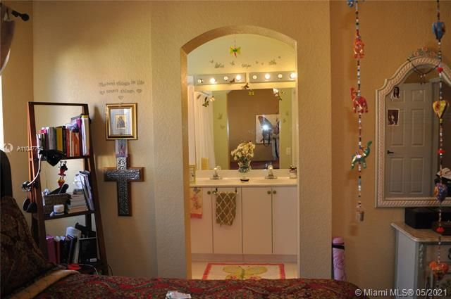 Leeward Islands for Sale - 8242 NW 107th Ct, Unit 5-12, Doral 33178, photo 12 of 31