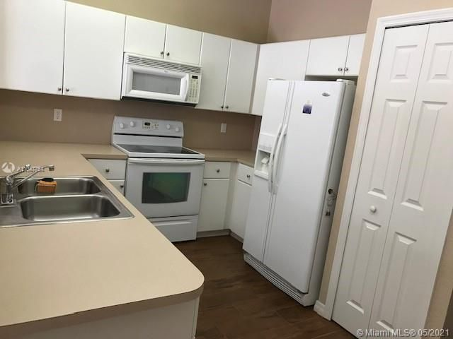Leeward Islands for Sale - 8242 NW 107th Ct, Unit 5-12, Doral 33178, photo 21 of 31