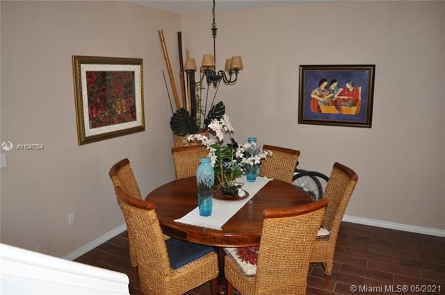 Leeward Islands for Sale - 8242 NW 107th Ct, Unit 5-12, Doral 33178, photo 3 of 31