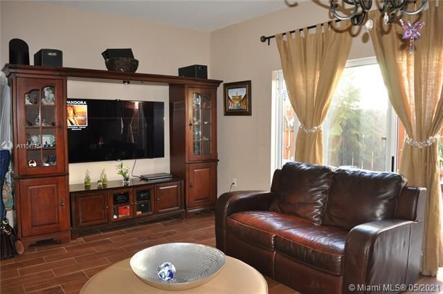 Leeward Islands for Sale - 8242 NW 107th Ct, Unit 5-12, Doral 33178, photo 9 of 31
