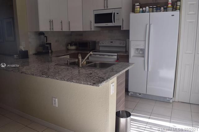 Leeward Islands for Sale - 8242 NW 107th Ct, Unit 2-12, Doral 33178, photo 12 of 16