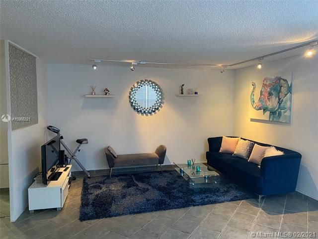 Commodore Plaza for Sale - 2750 NE 183rd St, Unit 2707, Aventura 33160, photo 50 of 57