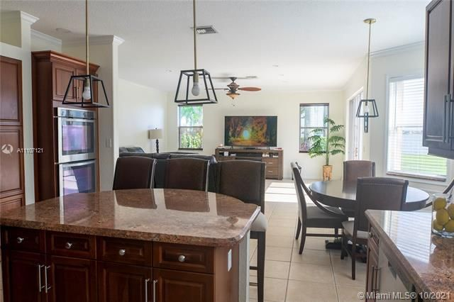 Riviera Isles for Sale - 17010 SW 53rd Ct, Miramar 33027, photo 13 of 30