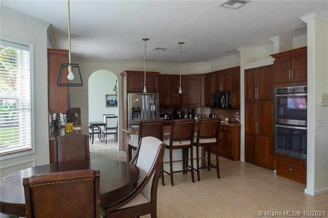 Riviera Isles for Sale - 17010 SW 53rd Ct, Miramar 33027, photo 14 of 30