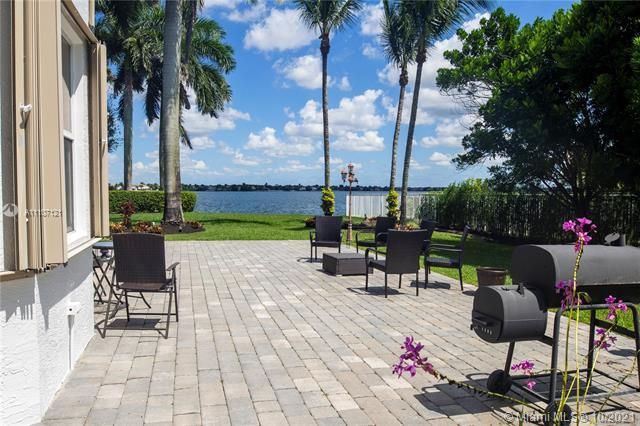 Riviera Isles for Sale - 17010 SW 53rd Ct, Miramar 33027, photo 8 of 30