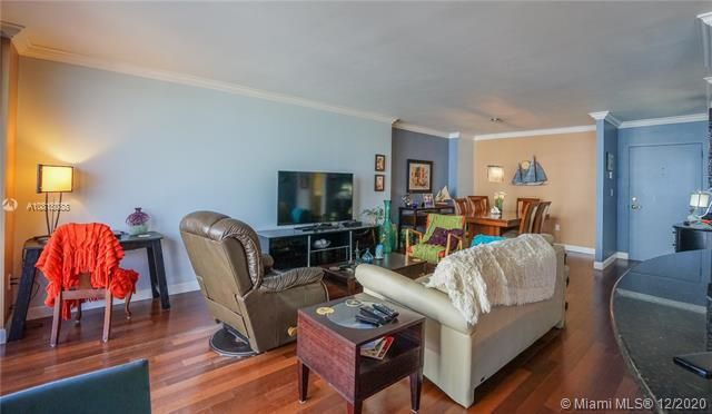 Crystal Tower for Sale - 322 Buchanan St, Unit 508, Hollywood 33019, photo 12 of 41