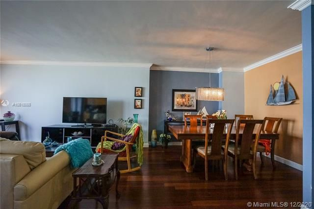 Crystal Tower for Sale - 322 Buchanan St, Unit 508, Hollywood 33019, photo 18 of 41