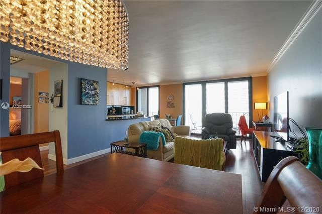 Crystal Tower for Sale - 322 Buchanan St, Unit 508, Hollywood 33019, photo 9 of 41