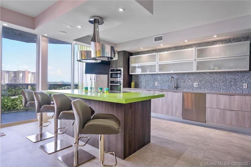 L'Hermitage for Sale - 3100 N Ocean Blvd, Unit 707, Fort Lauderdale 33308, photo 8 of 39