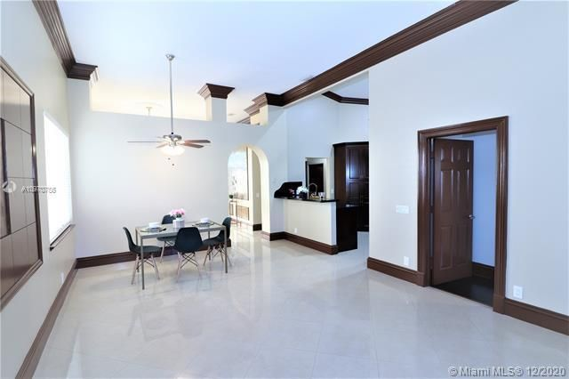 Regency Lakes At Coconut for Sale - 5337 Flamingo Pl, Coconut Creek 33073, photo 14 of 63