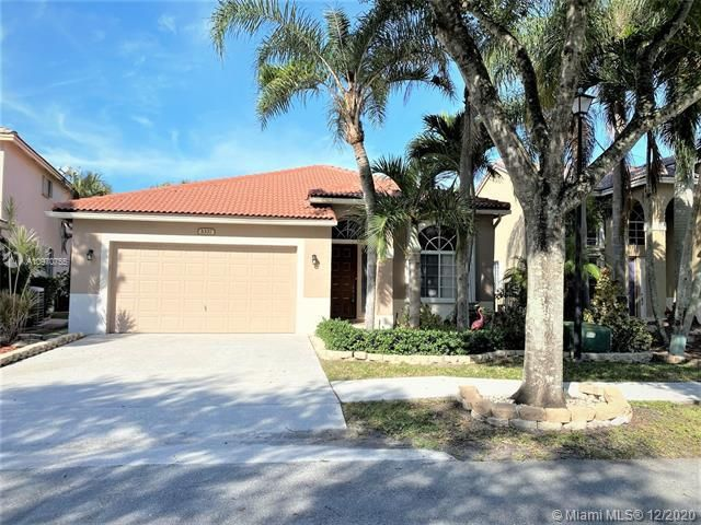 Regency Lakes At Coconut for Sale - 5337 Flamingo Pl, Coconut Creek 33073, photo 3 of 63