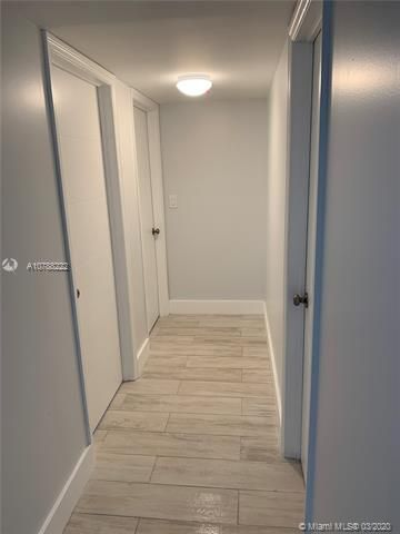 Oxford Towers for Sale - Hollywood, FL 33019, photo 17 of 18