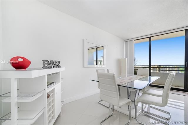 Alexander Towers for Sale - 3505 S Ocean Dr, Unit 1203, Hollywood 33019, photo 17 of 41