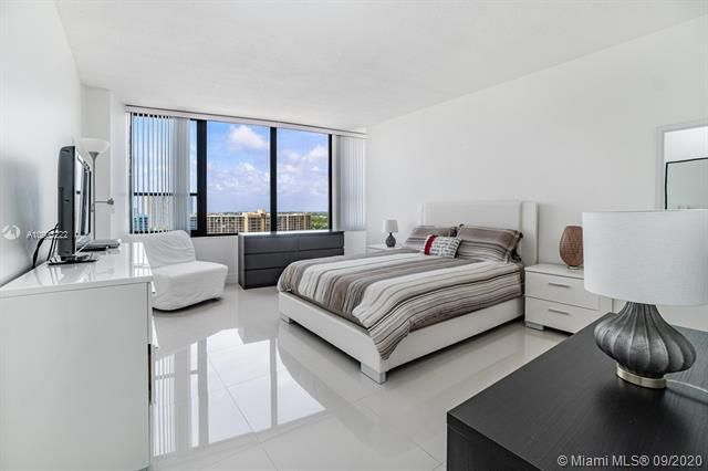 Alexander Towers for Sale - 3505 S Ocean Dr, Unit 1203, Hollywood 33019, photo 20 of 41