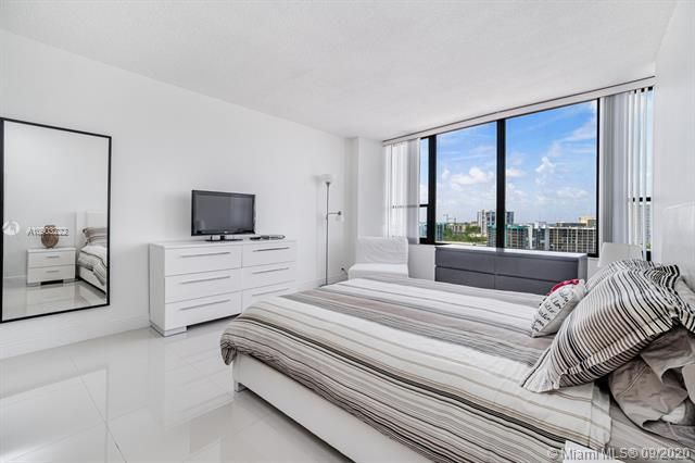 Alexander Towers for Sale - 3505 S Ocean Dr, Unit 1203, Hollywood 33019, photo 21 of 41