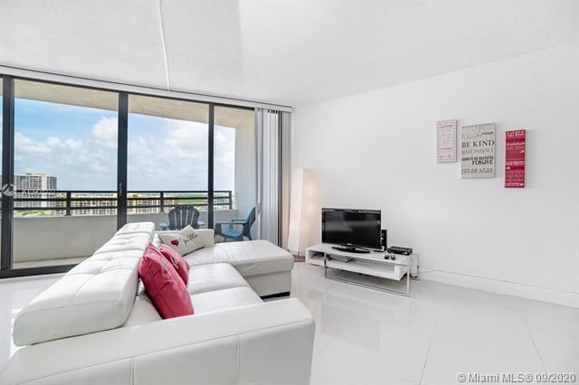 Alexander Towers for Sale - 3505 S Ocean Dr, Unit 1203, Hollywood 33019, photo 9 of 41