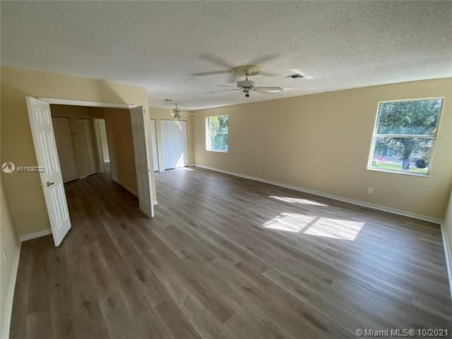 Winston Park Sec 2-a for Sale - 5534 NW 41st Ter, Coconut Creek 33073, photo 17 of 22