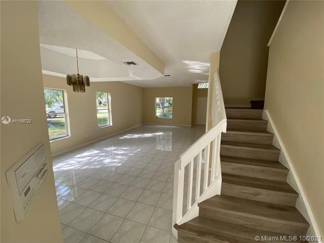 Winston Park Sec 2-a for Sale - 5534 NW 41st Ter, Coconut Creek 33073, photo 19 of 22