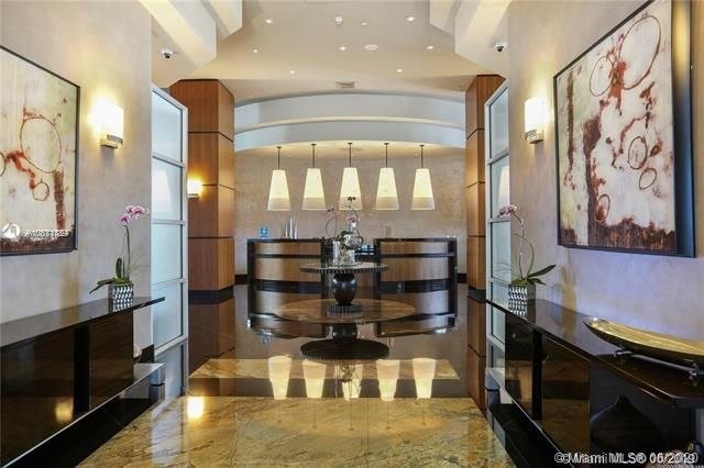 Ocean Palms for Sale - 3101 S Ocean Dr, Unit 2703, Hollywood 33019, photo 1 of 28