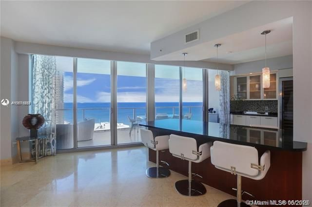 Ocean Palms for Sale - 3101 S Ocean Dr, Unit 2703, Hollywood 33019, photo 10 of 28