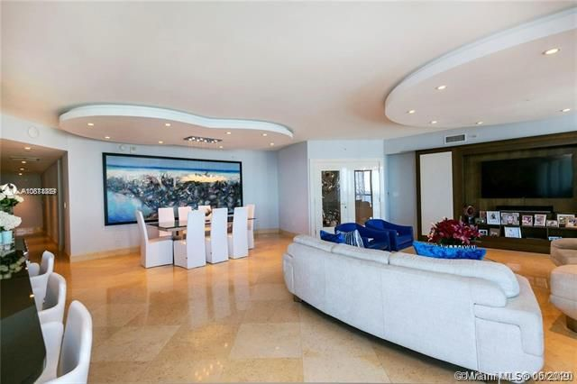 Ocean Palms for Sale - 3101 S Ocean Dr, Unit 2703, Hollywood 33019, photo 11 of 28