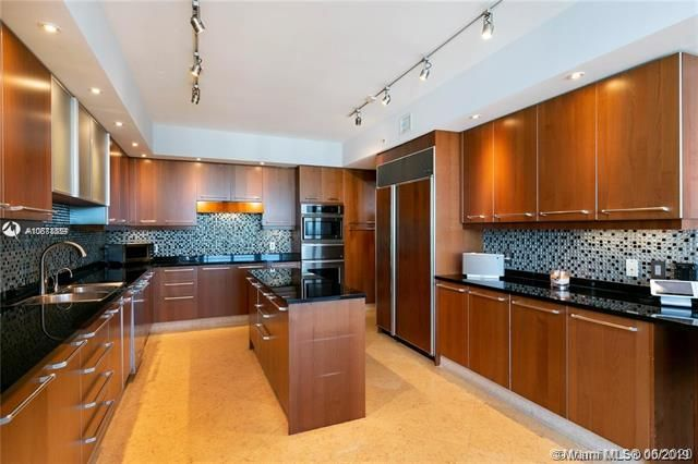 Ocean Palms for Sale - 3101 S Ocean Dr, Unit 2703, Hollywood 33019, photo 13 of 28