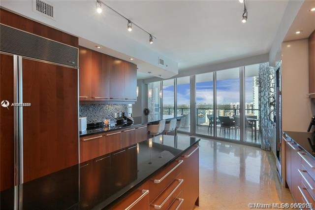 Ocean Palms for Sale - 3101 S Ocean Dr, Unit 2703, Hollywood 33019, photo 14 of 28